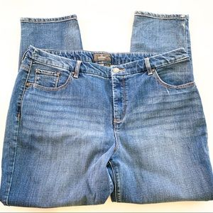 Chicos So Slimming Jeans Size 14/16 B211